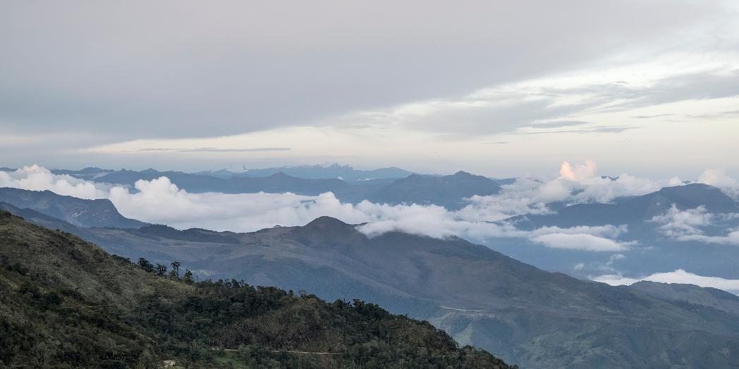 ``De Tunja a Gûican de la Sierra tras los pasos del cruce libertador de Bolivar``