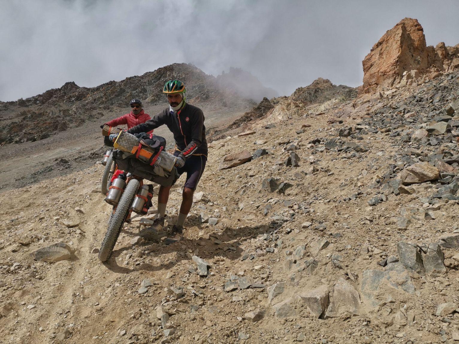 el cruce de los andres bikepacking colombia